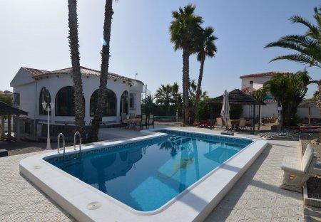 Villa in Marina-Oasis, Spain