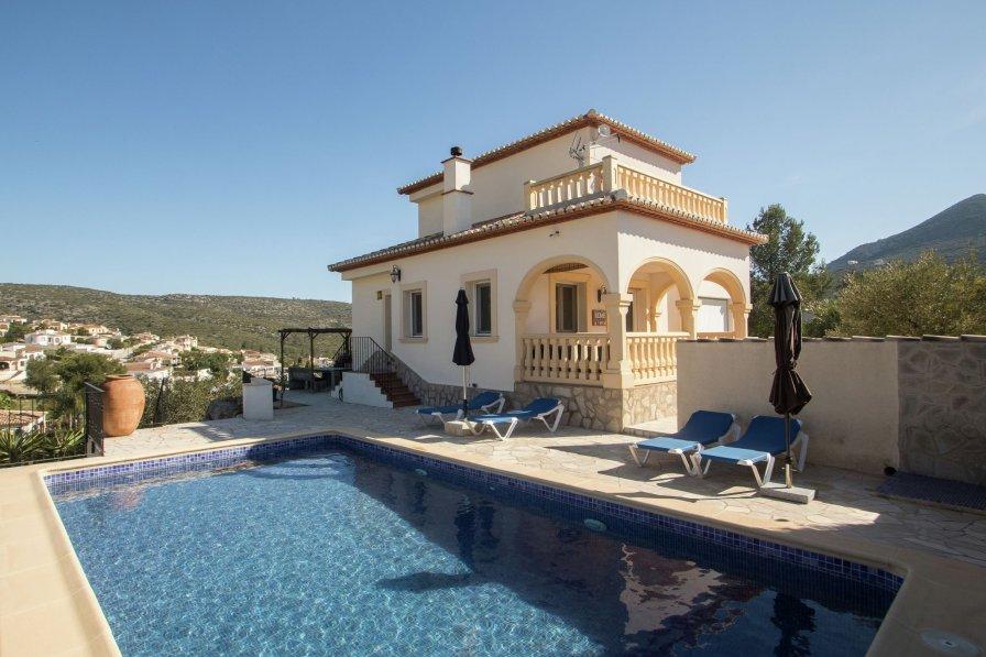 Villa in Spain, Urb. Jardí de Benarrosa