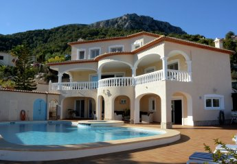 6 bedroom Villa for rent in Calpe