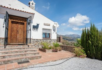 3 bedroom Cottage for rent in Competa