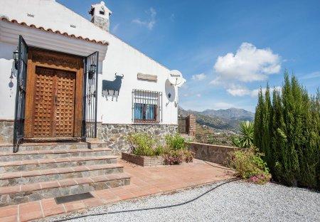 Cottage in Cómpeta, Spain