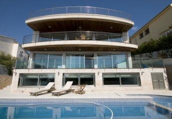 5 bedroom Villa for rent in Alcanada