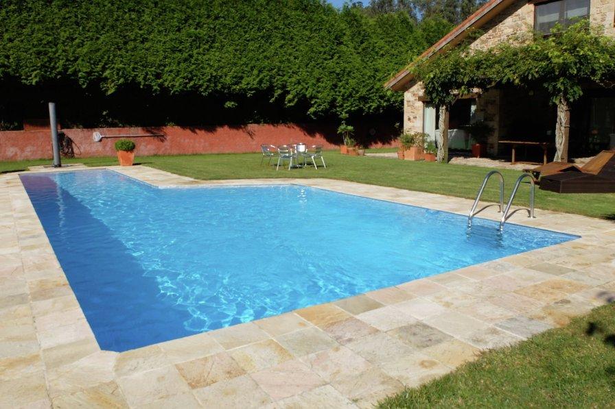 Villa in Spain, Ames