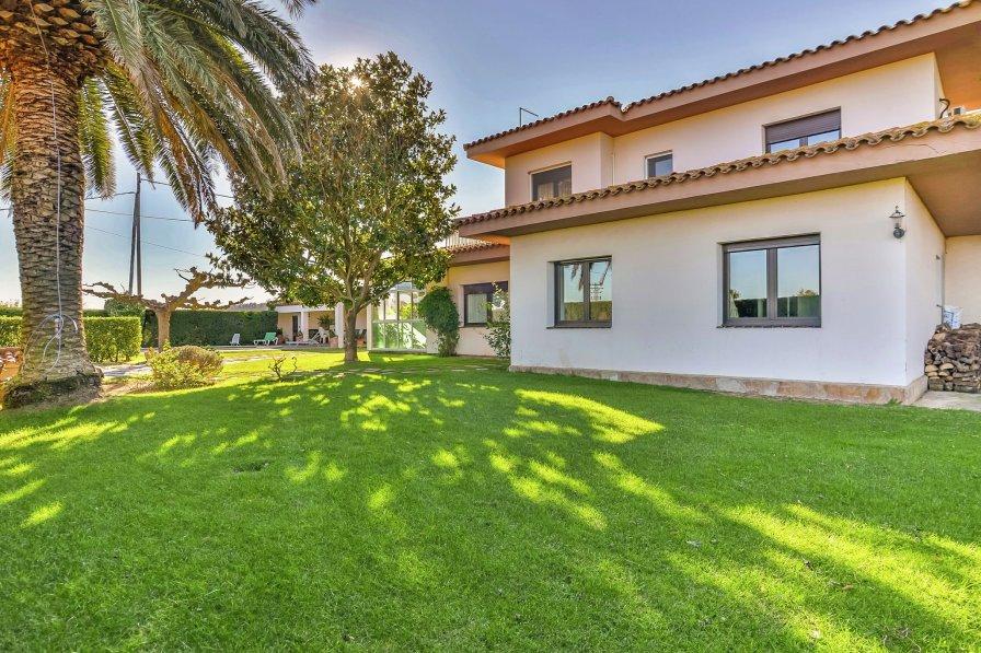 Villa in Spain, Viladamat
