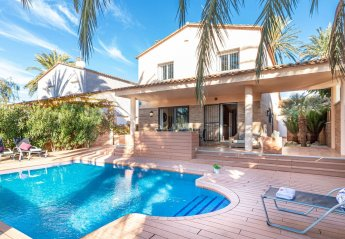 5 bedroom Villa for rent in Empuriabrava