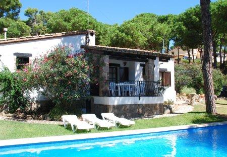 Villa in Urbanització Residencial Begur, Spain