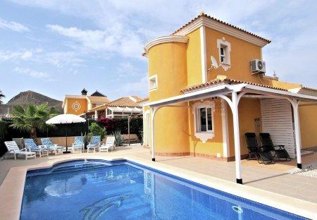 Villa in Mazarrón Country Club, Spain