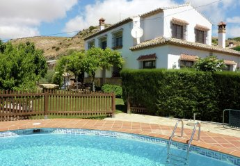 5 bedroom Cottage for rent in Antequera