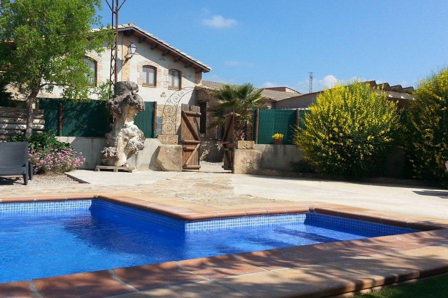Cottage in Spain, Olius