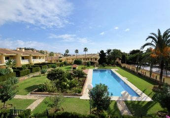 2 bedroom Villa for rent in Benalmadena
