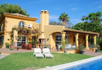 4 bedroom Villa for rent in Mijas