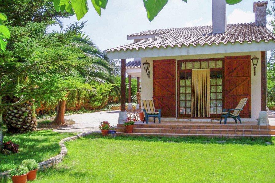 Cottage in Spain, Montferri