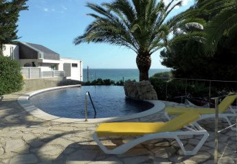 7 bedroom Villa for rent in Torredembarra