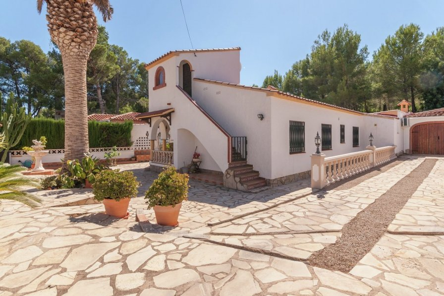 Villa in Spain, Els Pins de Miramar