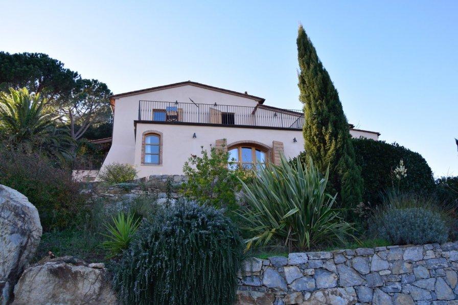 House in Italy, Campiglia Marittima