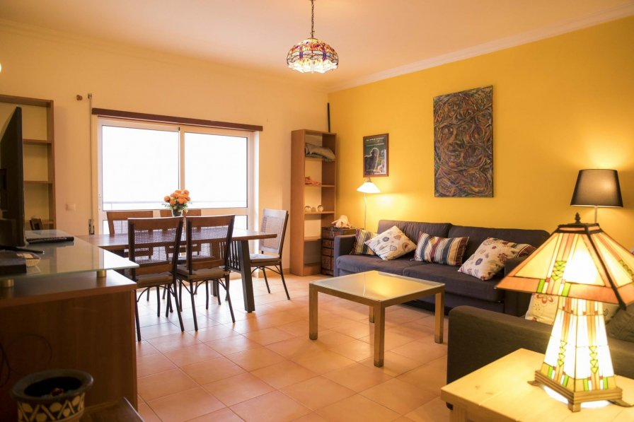 Central 1 Bed Apartment