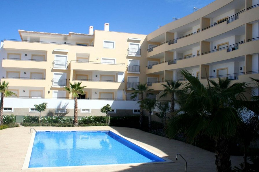 Luxury Central 3 Bed With Pool