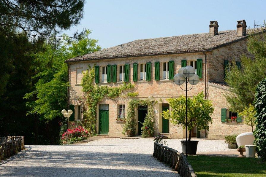 Villa in Italy, Mondavio