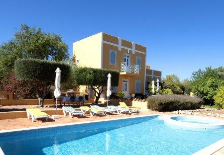 Villa in Renda, Algarve