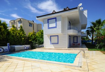 6 bedroom Villa for rent in Serik