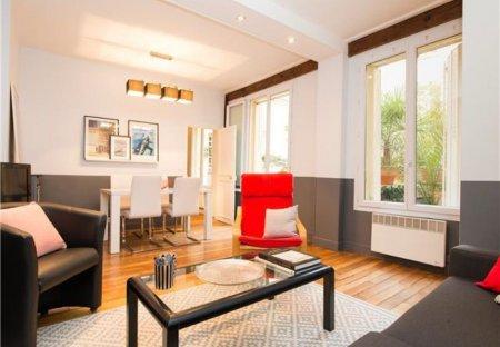 Apartment in Mail, Paris