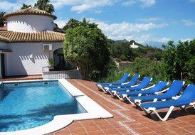 Villa with Panoramic Sea Views, Fully Renovated, A/C, Heated Pool