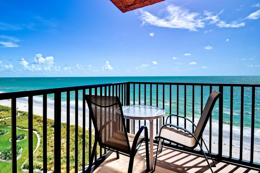 Apartment to rent in madeira beach florida with shared - 20 bedroom vacation rentals florida ...