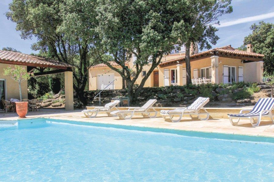Villa in France, Réauville