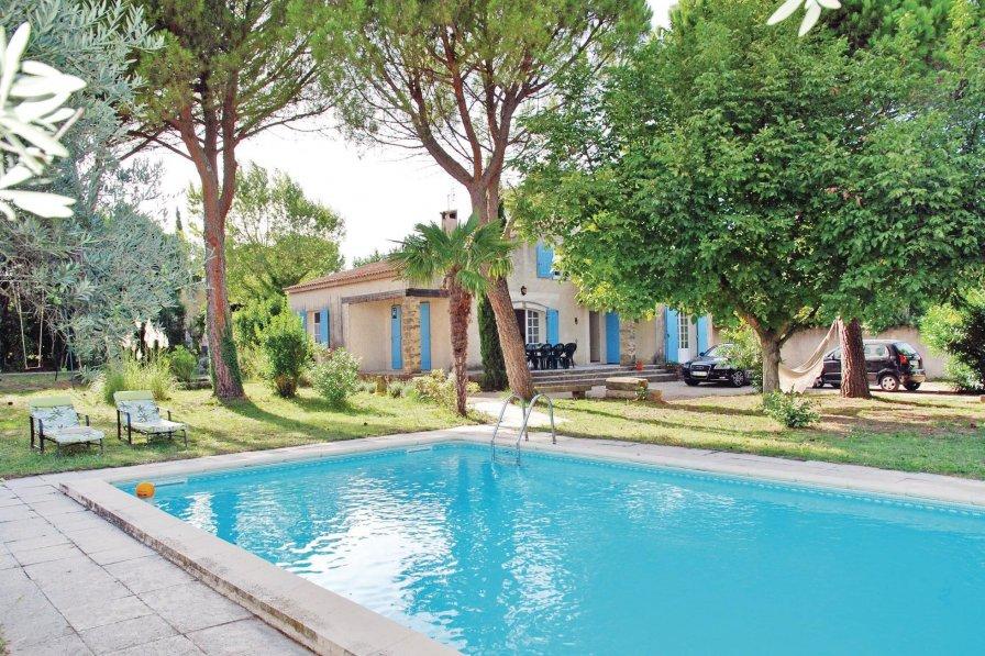 Villa in France, Saint-Saturnin-lès-Avignon