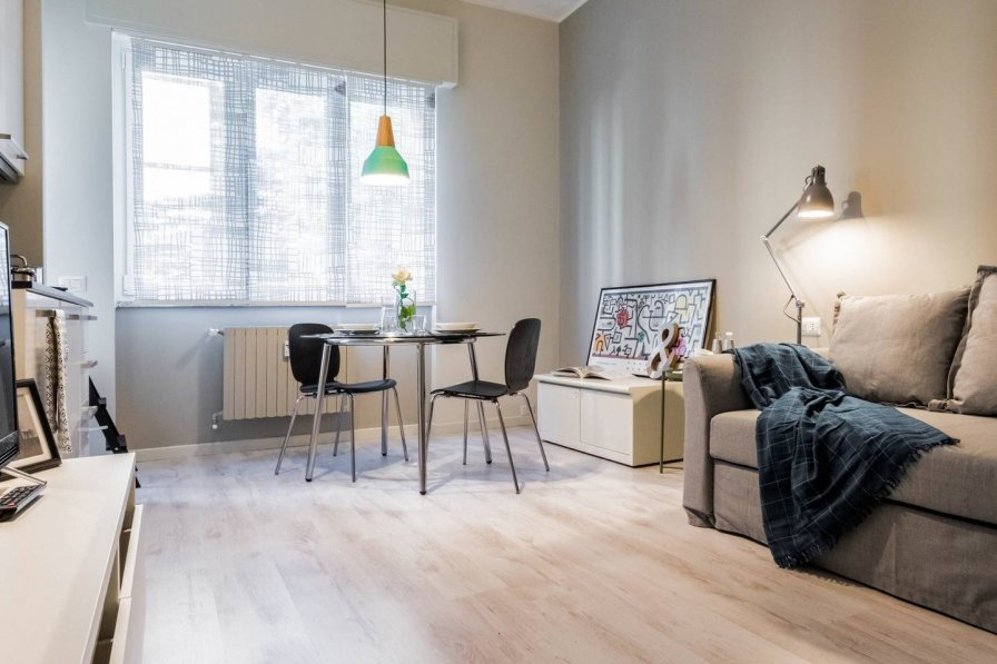 Studio apartment in Italy, Milan