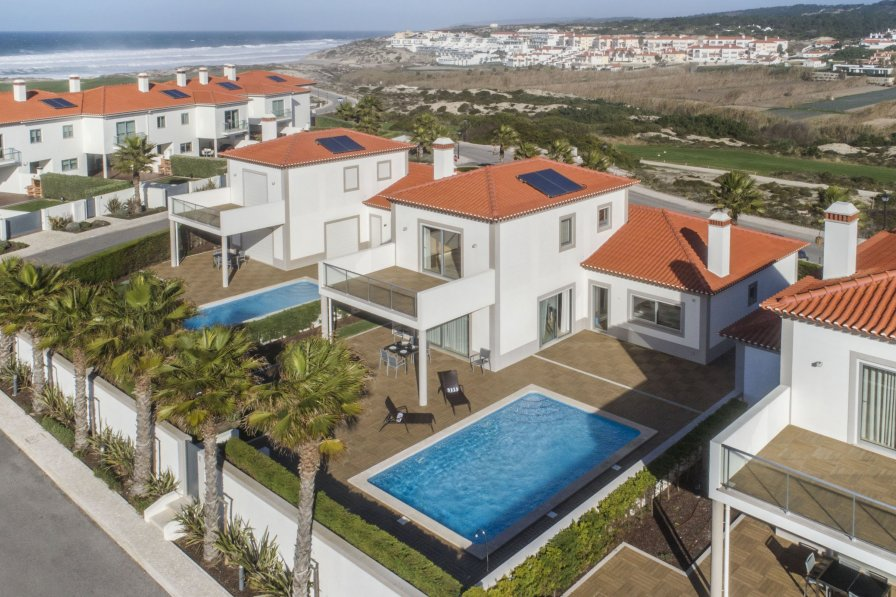 Villa to rent in vale benfeito portugal with private pool for Villas del rey