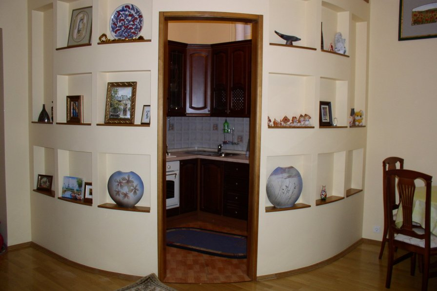 Two-room. 11 Pushkinska St. Centre of Kiev