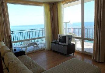 Apartment in Bulgaria, Sveti Vlas: Double aspect sea views