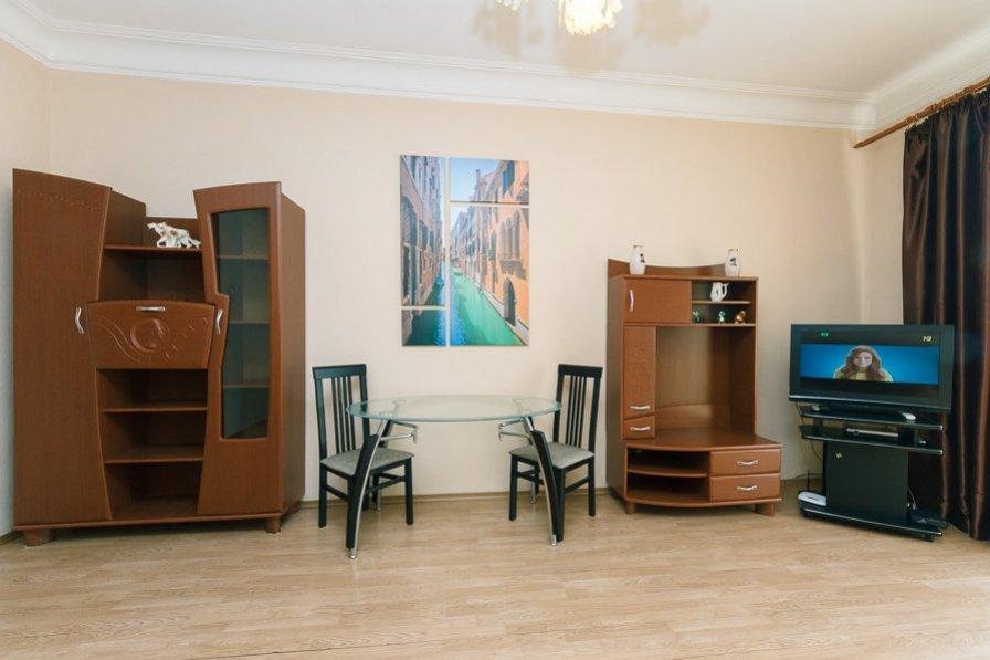 Two bedrooms. 17 Khreshchatyk, Centre of Kiev