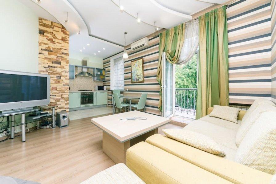 Two-room. Luxury. 13 Khreshchatyk. Maidan