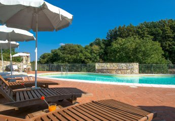 9 bedroom Villa for rent in Serravalle Pistoiese