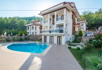 5 bedroom Villa for rent in Olu Deniz