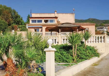 Apartment in Bastelicaccia, Corsica