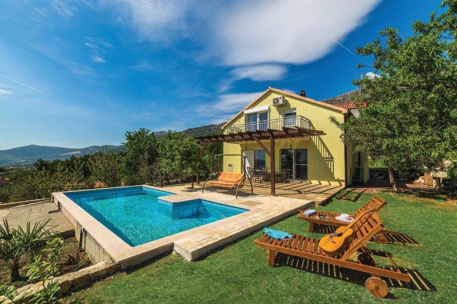 Villa in Croatia, Kaštel Kambelovac