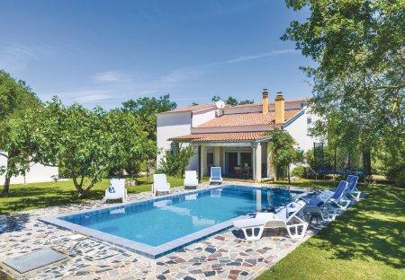 Villa in Donje Raštane, Croatia