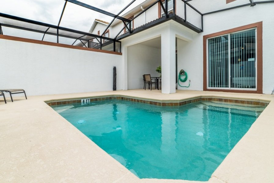 villa to rent in kissimmee florida with private pool 239163. Black Bedroom Furniture Sets. Home Design Ideas