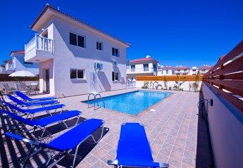 3 bedroom Villa for rent in Nissi Beach