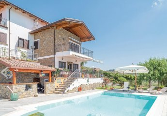 2 bedroom Villa for rent in Agropoli