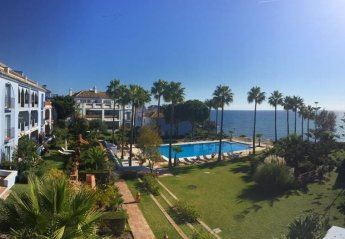 3 bedroom Apartment for rent in Casares Costa