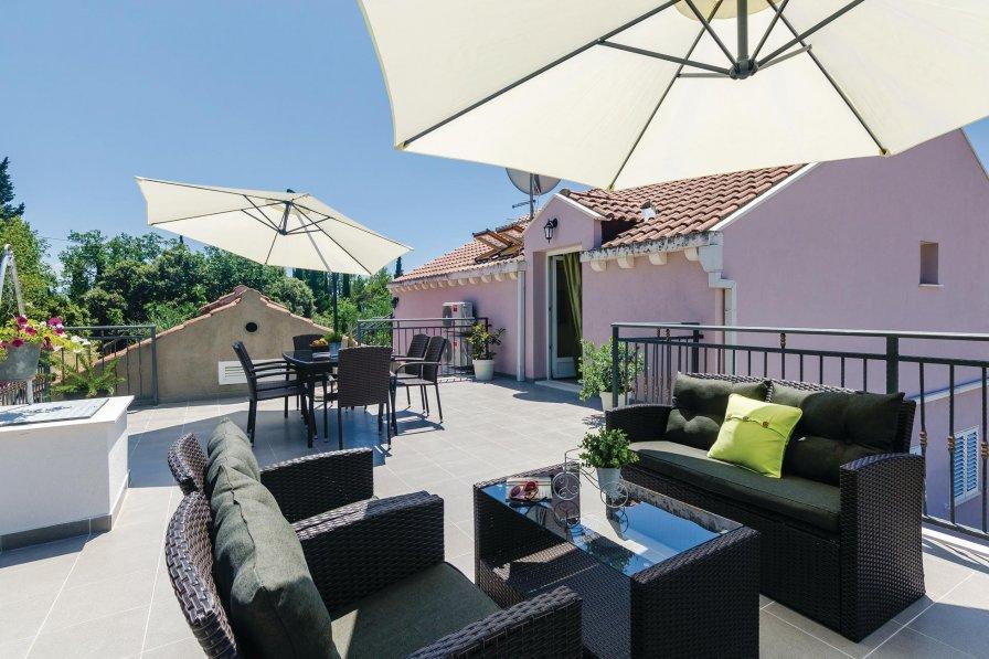 Apartment in Croatia, Doli