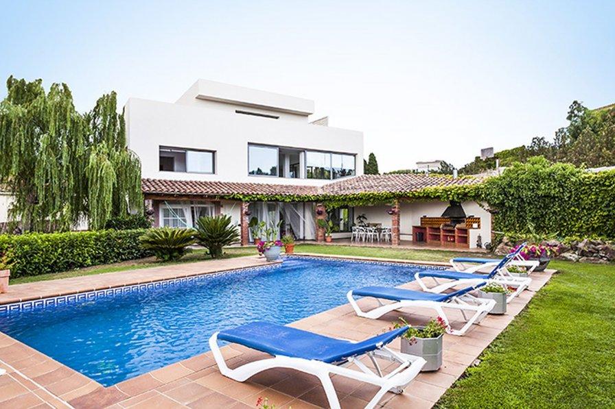 Villa in Spain, Garriguella