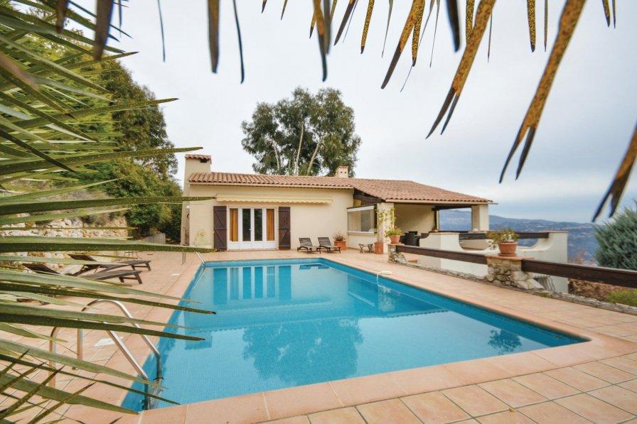 Alpes-Maritimes holiday villa rental