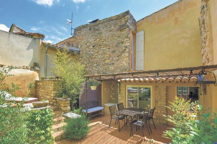 Villa in France, Le Barroux