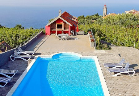 Villa in Farrobo, Madeira