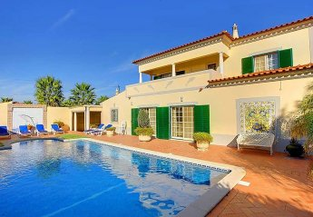 5 bedroom Villa for rent in Lagoa